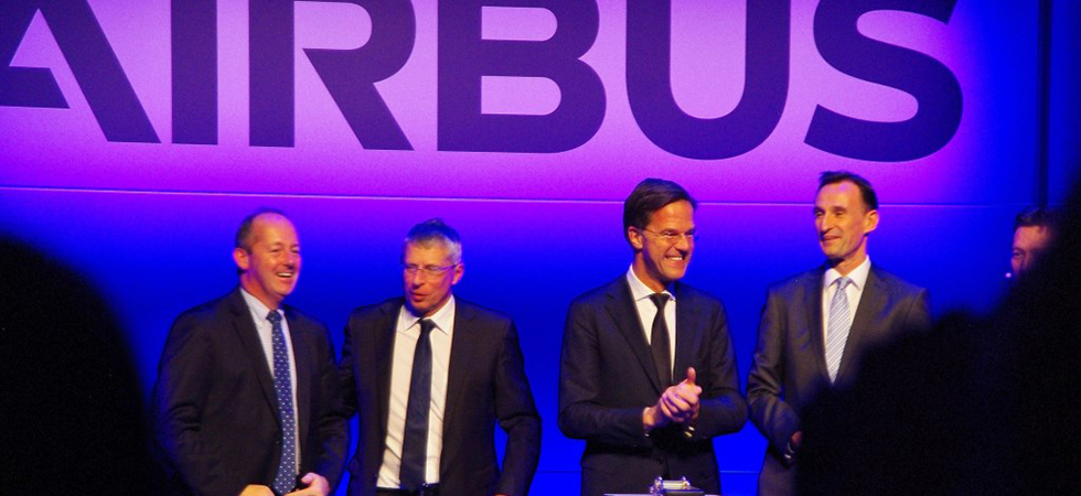 Rutte opent nieuwe productiefaciliteit Airbus in Oegstgeest