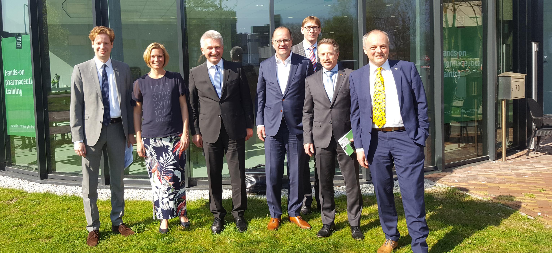 NRW-minister Pinkwart bezoekt Leiden Bio Science Park